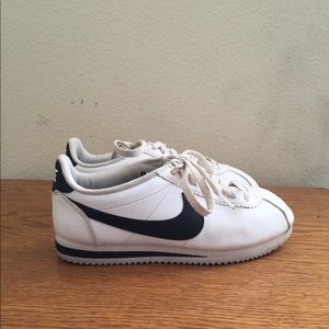 Nike Cortez size 7 Women's